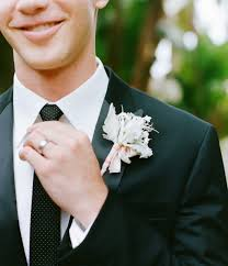 groom s boutonniere wedding flower ideas unique groom s boutonnieres inside weddings