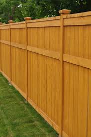 Estimates For Fence Installation by Best 25 Fence Installers Ideas On Wood Fence