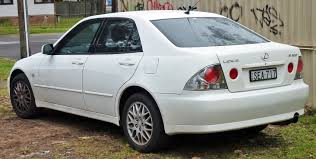 lexus is200 australia file 1999 2005 lexus is 200 gxe10r sedan 02 jpg wikimedia commons