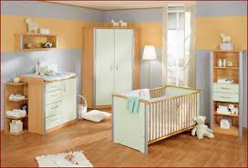 deco chambre bebe bleu décoration deco chambre bebe mixte 38 29480027 table photo deco