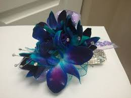 Corsages For Homecoming Prom And Homecoming Flowers At Donna U0027s Custom Flowers Of Mundelein