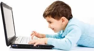 Criança no PC