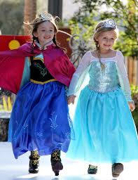 Anna Halloween Costume Spooktacular Halloween Costumes Disney Runway Disneyhaunts