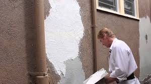 teaching how to remove loose and peeling stucco peeling render