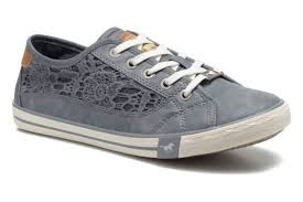 mustang shoes mustang shoes smith blue trainers chez sarenza 253246