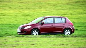 nissan tiida hatchback nissan tiida hatchback c11 u00272007 u201310 youtube