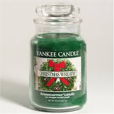 yankee candle large 22 ounce jar candle wreath 0 build