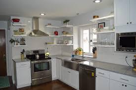 diy open shelves for the kitchen loving here