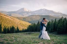 Denver Wedding Photographers Wedding Photographers In Denver Co The Knot