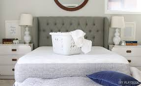 Washing A Down Comforter At Home How To Wash Your Comforter And Put On A Duvet Cover