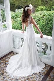 robe de mariee retro les 25 meilleures idées de la catégorie robes de mariée dos nu sur