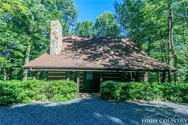 Cottages In Boone Nc by Boone Nc Log Cabins 250 000 299 999 Boonerealestate Com
