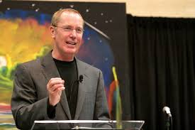max lucado transcends church of beliefs