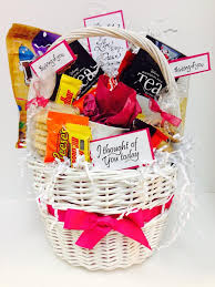 thinking of you gift baskets sympathy gift basket http paulaluvs2st typepad my