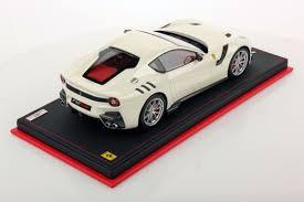 Ferrari F12 White - ferrari f12 tdf 1 18 mr collection models