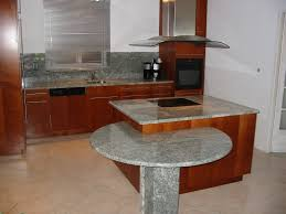 table de travail cuisine plan de travail granit quartz silestone dekton toulouse