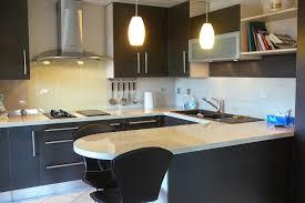 poign s meubles de cuisine accessoire meuble cuisine meuble cuisine rideau coulissant