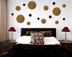 Emejing Bedroom Wall Decor Photos Home Ideas Design Cerpaus - Creative bedroom wall designs