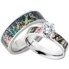 camouflage wedding rings 17 best ideas about camouflage wedding rings on