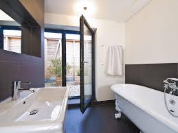 badezimmer weiß grau badezimmer ideen modern weiß grau haus frey baufritz bad fliesen