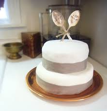 cheap wedding cake toppers wedding cake topper top hat and veil i need to make this