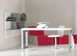 Minimalist Desks Minimalist Working Desks From Pianca Digsdigs