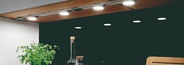 spot pour cuisine led re led cuisine best awesome x rgb led plinthe lumire cm avec