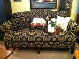 Colonial Settee Colonial House Colonial And Early American Decorcolonial House
