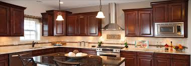 Kitchen Cabinets With Crown Molding HBE Kitchen - Kitchen cabinet crown molding ideas