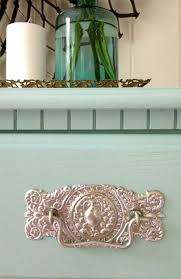 Upcycle Laminate Furniture - best 25 painting laminate table ideas on pinterest painting