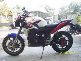 honda cbr150r 2011 honda cbr150r modified from thailand motomalaya