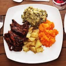 cuisine celtis chops garlic potatoes vegetables picture of celtis country