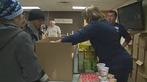 400 point residents in need receive food items for