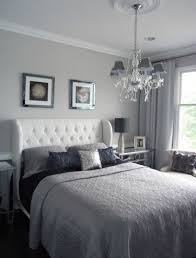 Awkward Bedroom Layout Small Bedroom Decorating Ideas For Home Staging