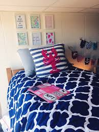 preppy dorm room dorm room decor best dorm room wall decor diy
