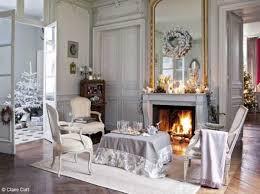 elegant christmas decorating ideas blending light gray color and