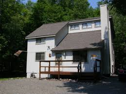 clean cozy contemporary 3br fireplace homeaway pocono lake