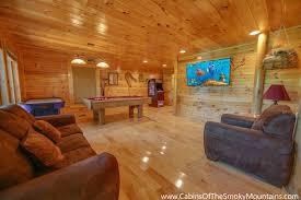 gatlinburg cabin cherokee ridge 3 bedroom sleeps 10 jacuzzi