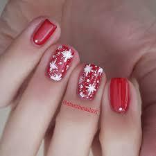 christmas nail art tutorial 1 red christmas white snowflakes