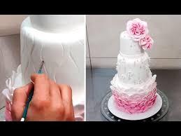 fondant wedding cakes wedding cake decorating tutorial decorar con fondant by cakes