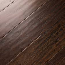 Bruce Maple Chocolate Laminate Flooring Shop Bruce Flooring Bestlaminate Com