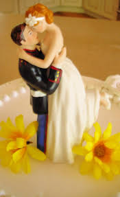 marine wedding cake toppers usmc marine corps wedding cake topper hug pose