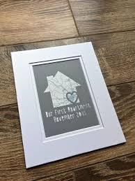Apartment Warming Gift by Best 25 First Apartment Gift Ideas On Pinterest First Apartment