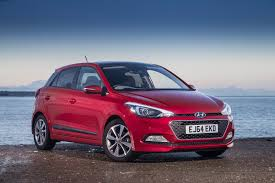 hyundai hatchback hyundai i20 1 4 se 2015 review by car magazine
