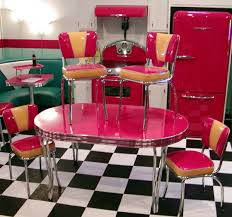 Diner Style Kitchen Table by 98 Best Love Retro Diner Images On Pinterest 50s Diner Retro