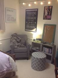 Dorm Interior Design by Best 25 Classy Dorm Room Ideas On Pinterest Dorm Room Pictures