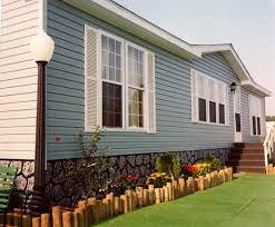 Double Wide Remodel Ideas by 40 Exterior Paint Color Ideas For Mobile Homes Exterior Paint