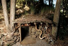 real hobbit house living in a real life hobbit house