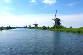 travel tips for visiting the dutch windmills at kinderdijk
