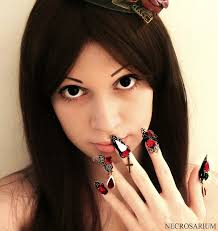 gothic nails inspiration and ideas how to wear